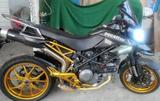 Продаю Ducati Hypermotard. 2013 г. 800 см3.